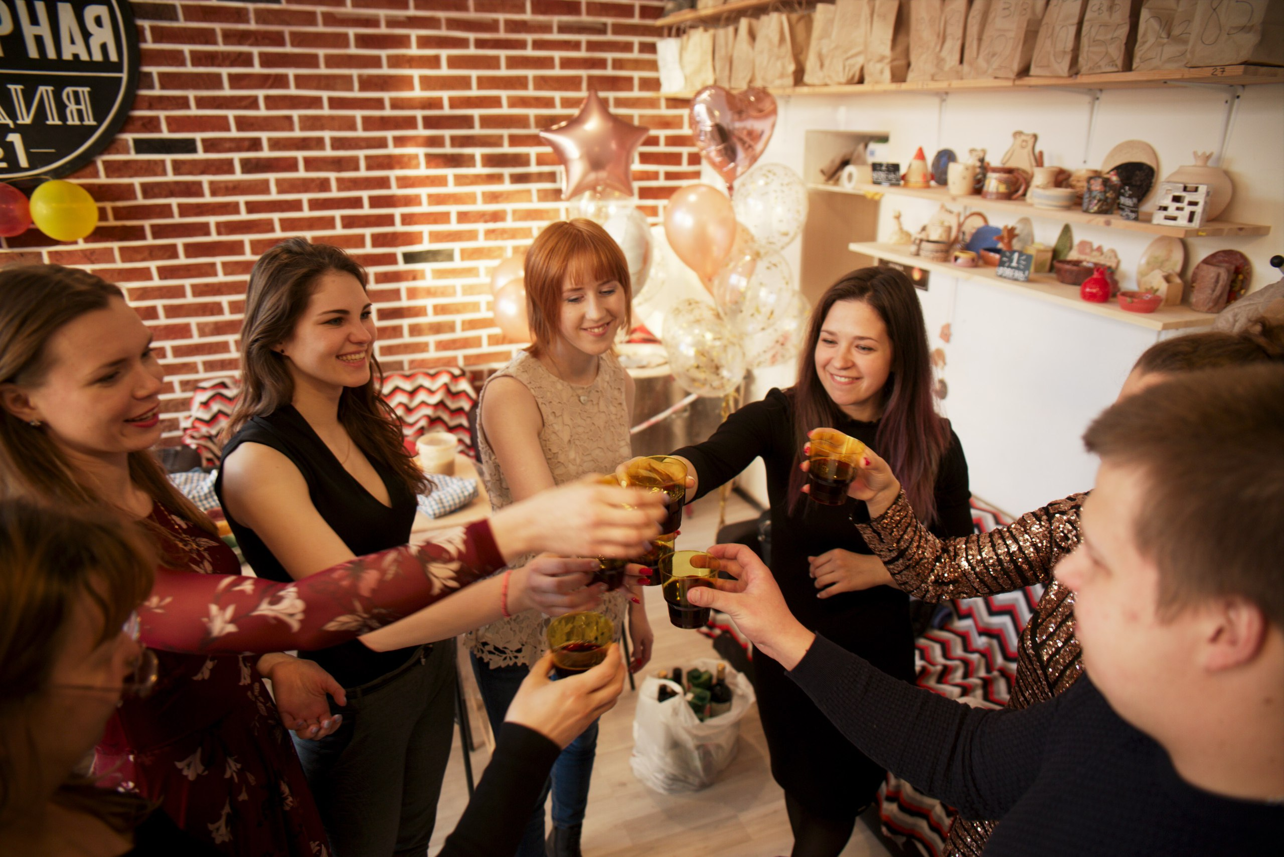 праздник в гончарной мастерской